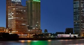 هيلتون القاهرة للشقق الفندقية بمركز التجارة العالمي
